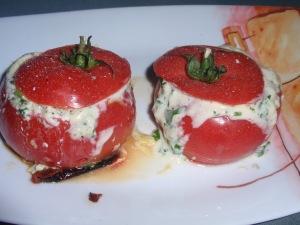 Pieczone faszerowane pomidory