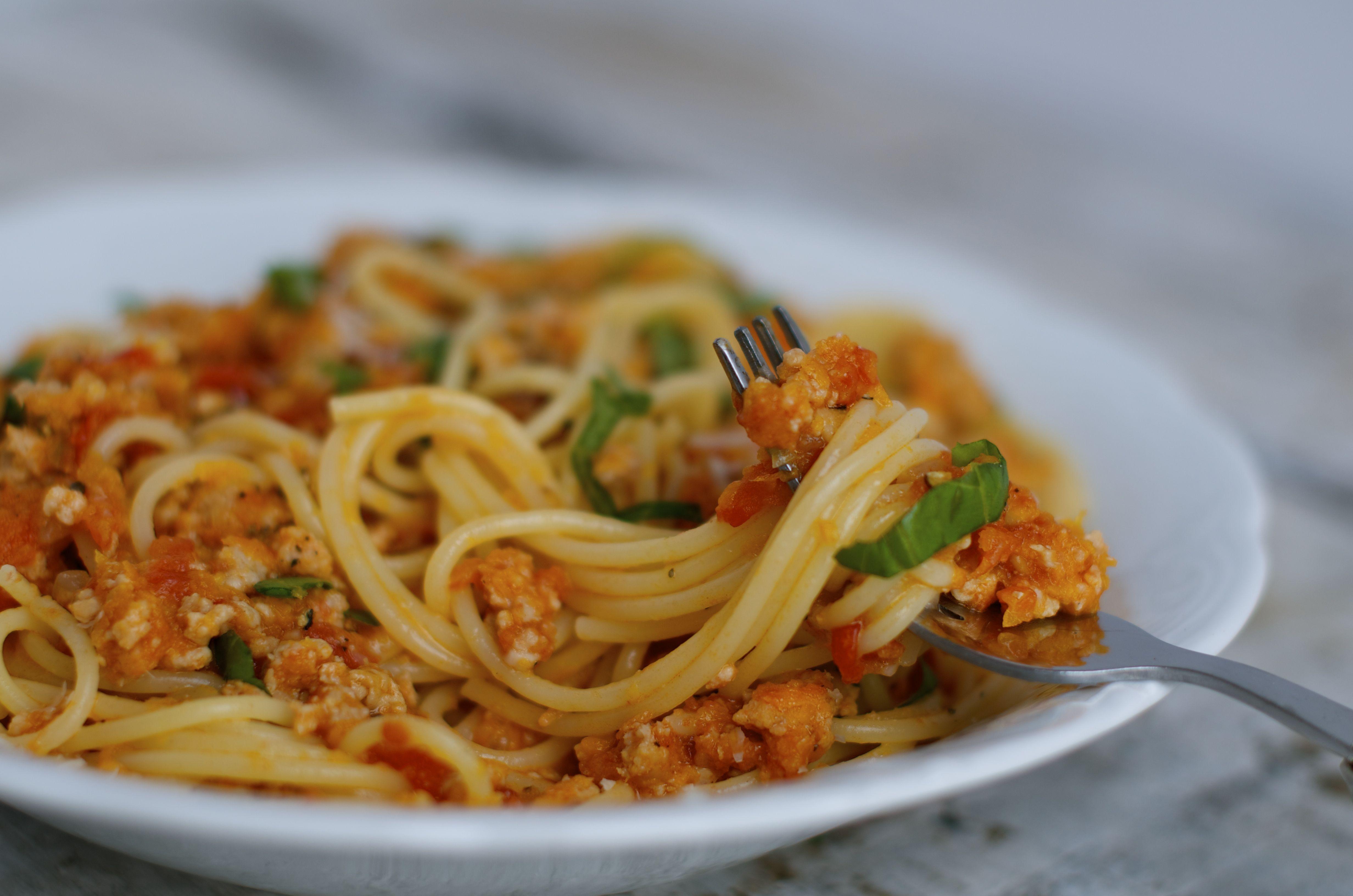 spaghetti z cielęciną