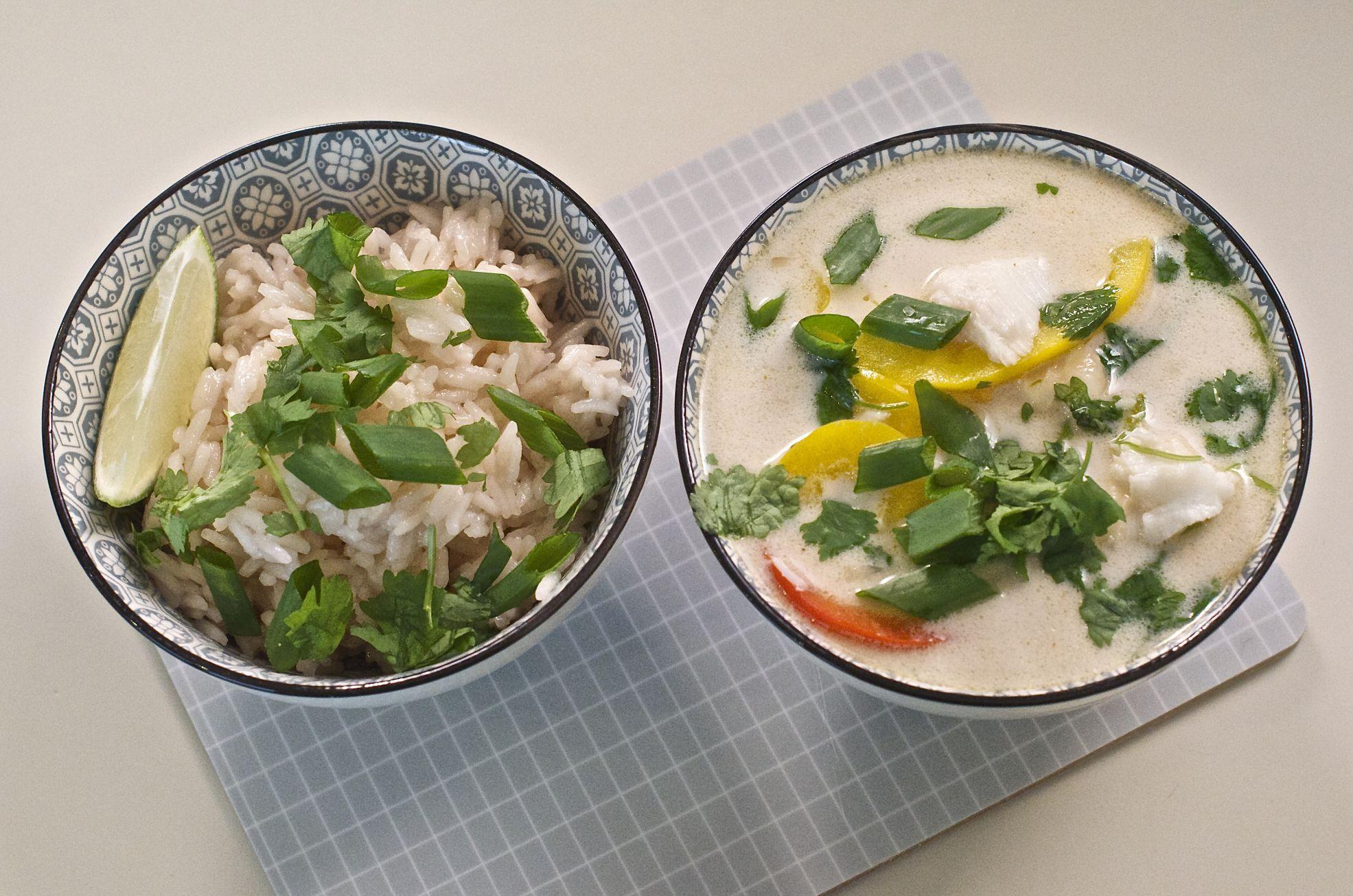 orientalna zupa rybna